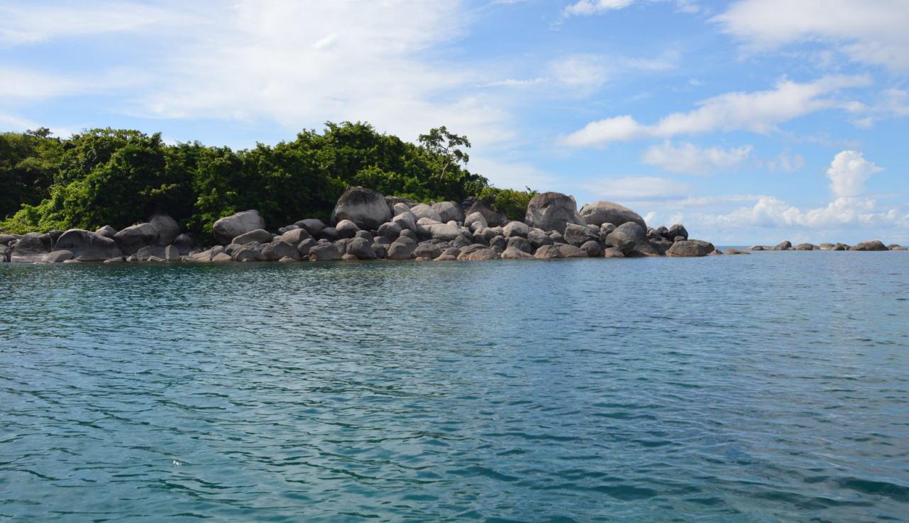 Nyasa See Steine